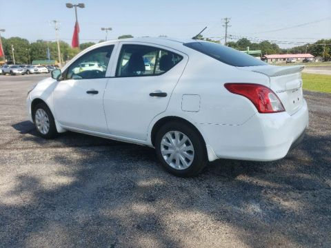 Pre-Owned 2018 Nissan Versa S Plus FWD 4dr Car
